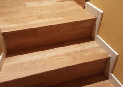 Parquet Collé vernis escalier (Conflans)